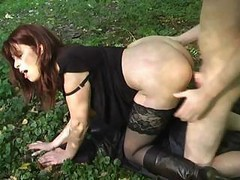 Milf, Outdoor, Outdoors shemale