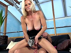 Audition, Milf, Solo strips